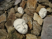 Trau Ma -Stones-
